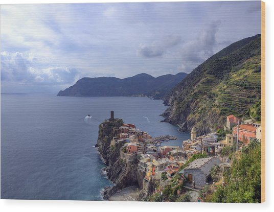 Vernazza By The Sea Wood Print