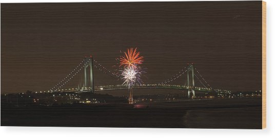 Verrazano Narrows Bridge Fireworks Wood Print