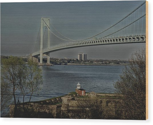 Verrazano Bridge And Fort Wadsworth Wood Print