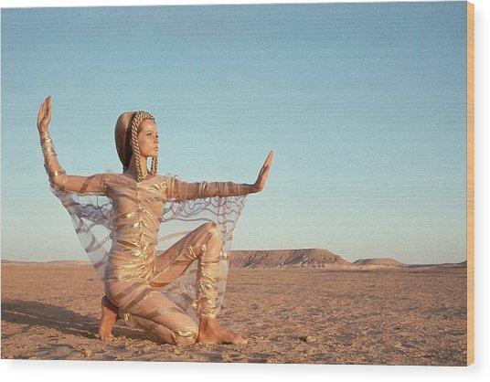 Veruschka Von Lehndorff Posing In A Desert Wood Print