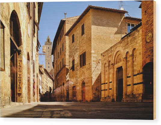 Via San Giovanni Wood Print