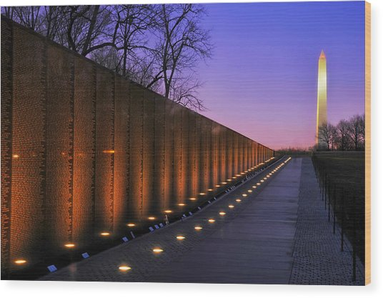 Vietnam Veterans Memorial At Sunset Wood Print