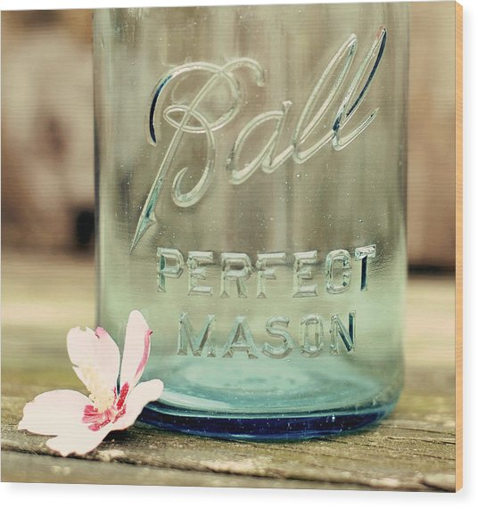 Vintage Ball Perfect Mason Wood Print