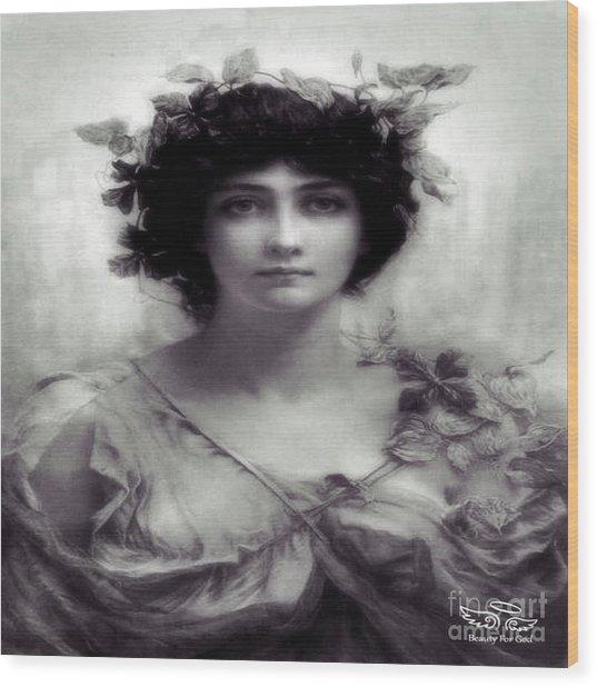Vintage Lady Wood Print