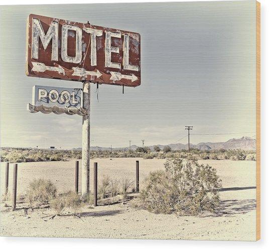 Vintage Motel Pool Sign Wood Print