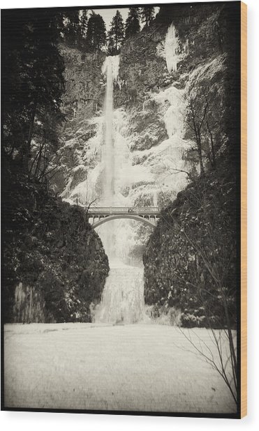 Wood Print featuring the photograph Vintage Multnomah Falls by Jon Ares