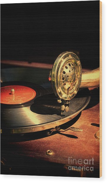 Vintage Record Player Wood Print