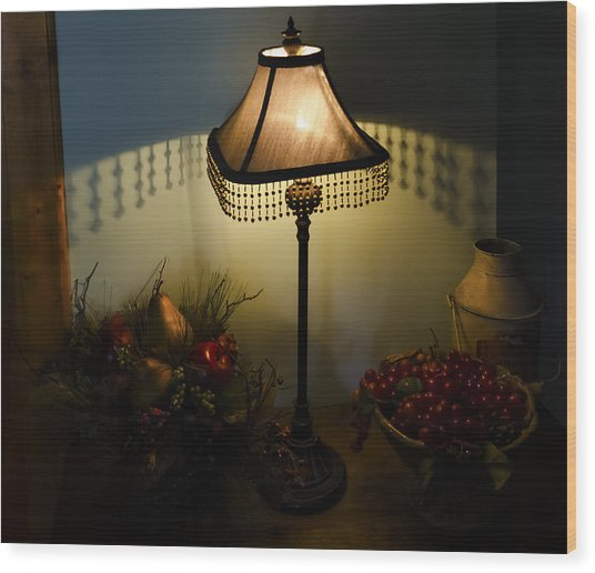 Vintage Still Life And Lamp Wood Print