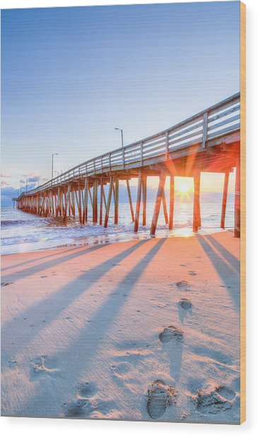 Virginia Beach Fishing Pier Wood Print