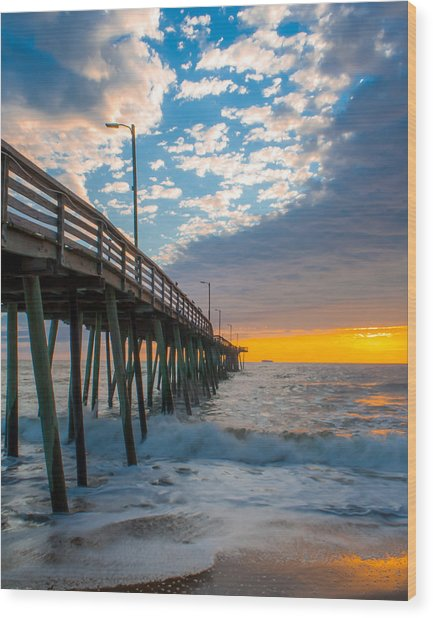 Virginia Beach Pier Into The Sun Wood Print
