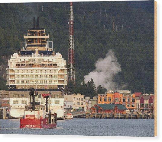 visit Alaska Wood Print