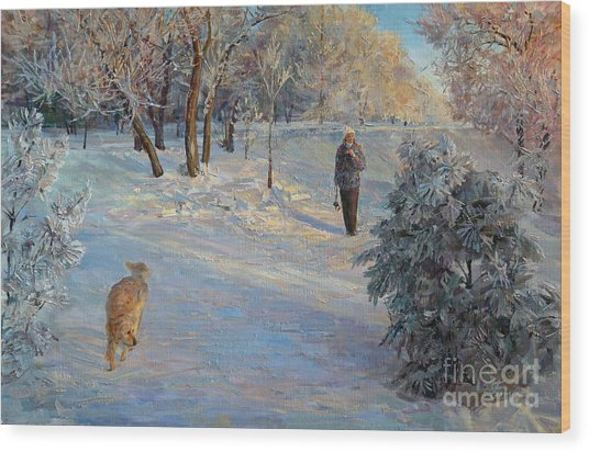 Walking In A Winter Park Wood Print
