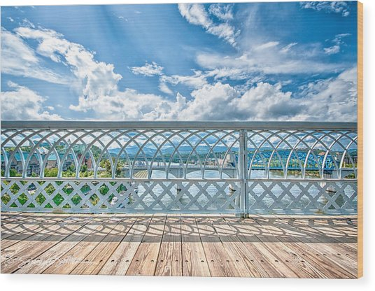 Walnut Street Walking Bridge Wood Print