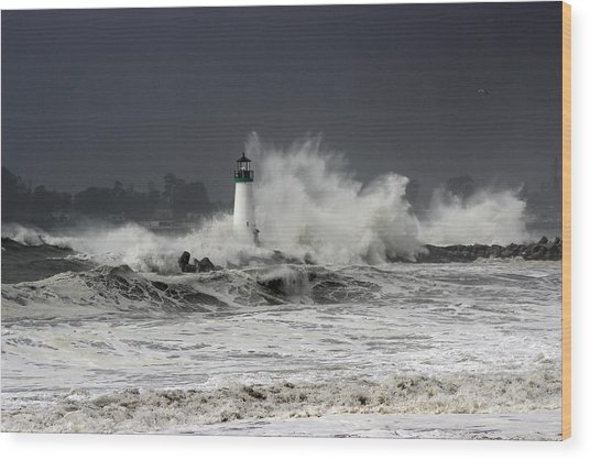 Walton Lighthouse Takes A Beating Wood Print