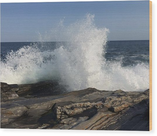 Waves Crashing On Rocky Maine Coast Wood Print