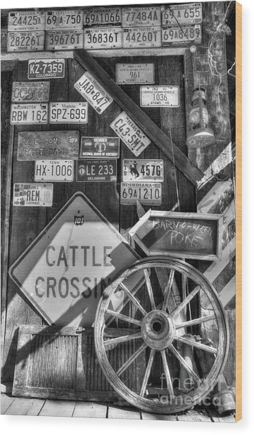 We Love Rabbit Hash Bw Wood Print by Mel Steinhauer