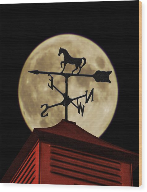Weathervane Before The Moon Wood Print