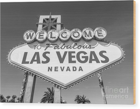Welcome To Las Vegas Sign Black And White Wood Print