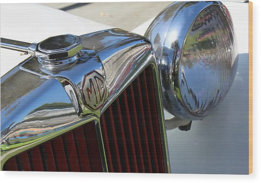 White Mg With Red Grille Wood Print by Mark Steven Burhart
