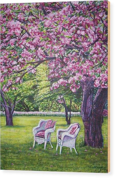 White Whicker Chairs Wood Print by Linda Vaughon