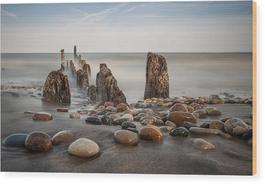 Wind Point Pebbles Wood Print