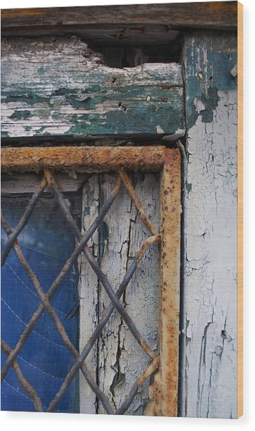 Window Corner Wood Print by Gretchen Lally