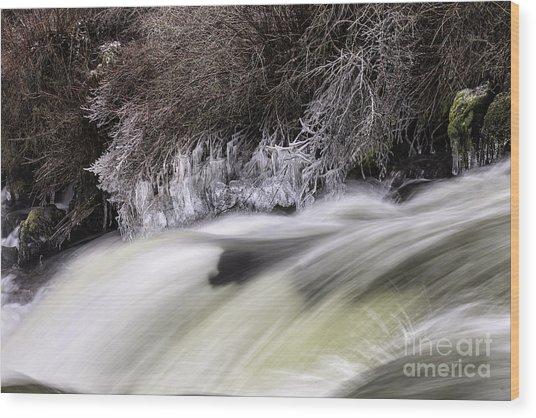 Winter At Dillon Falls Wood Print