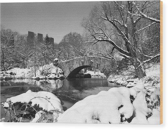Winter At Gapstow Bridge Wood Print