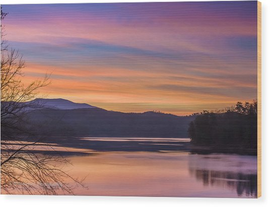 Winter Daybreak At Ocoee Lake Wood Print by Paul Herrmann