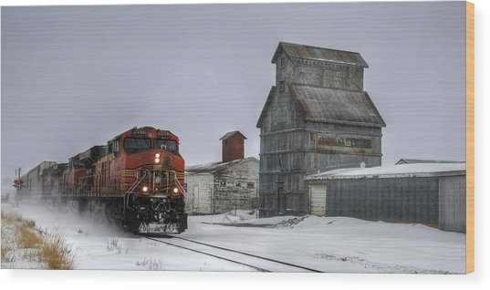 Winter Mixed Freight Through Castle Rock Wood Print