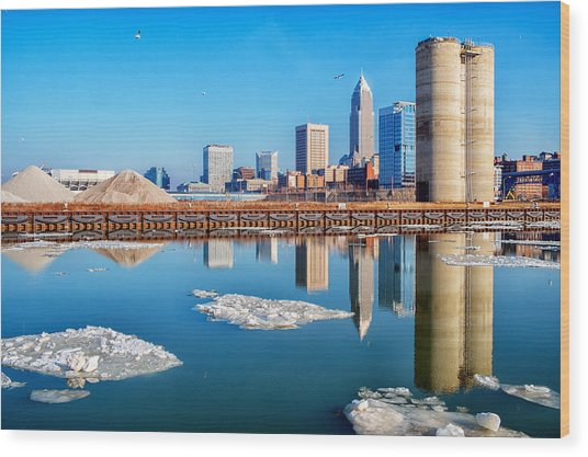 Winter Reflections Of Cleveland Ohio Wood Print