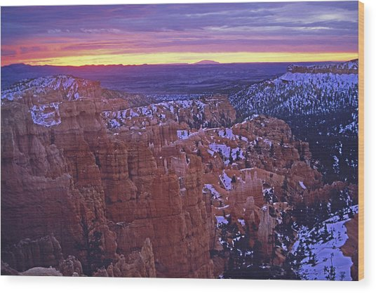Winter Sunrise At Bryce Canyon Wood Print