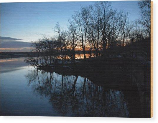 Winter Sunset On Potomac River Wood Print by Bill Helman