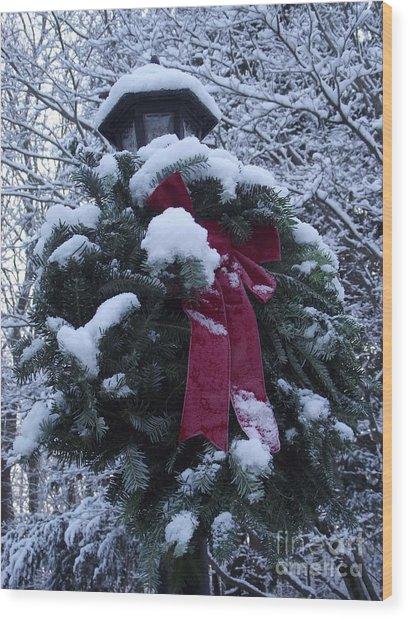 Winter Wreath Wood Print
