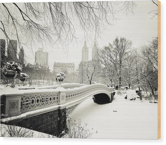 Winter's Touch - Bow Bridge - Central Park - New York City Wood Print