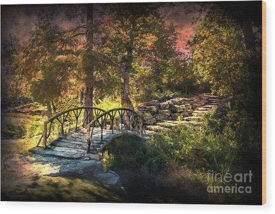 Woddard Park Bridge II Wood Print