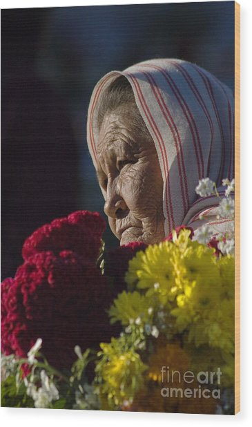 Woman With Flowers - Day Of The Dead Mexico Wood Print