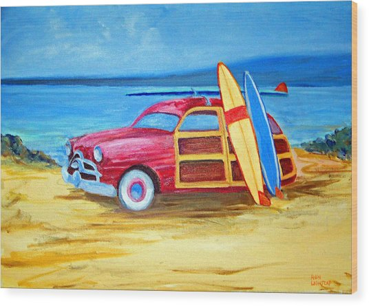 Woody On The Beach Wood Print