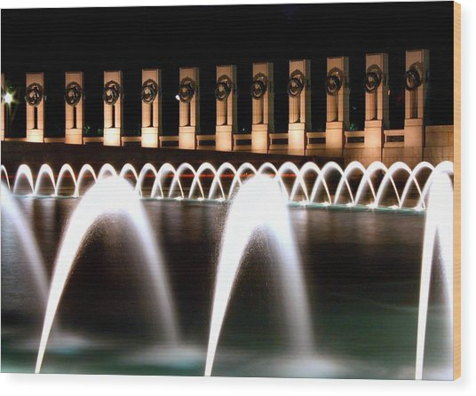 World War II Memorial At Night Wood Print