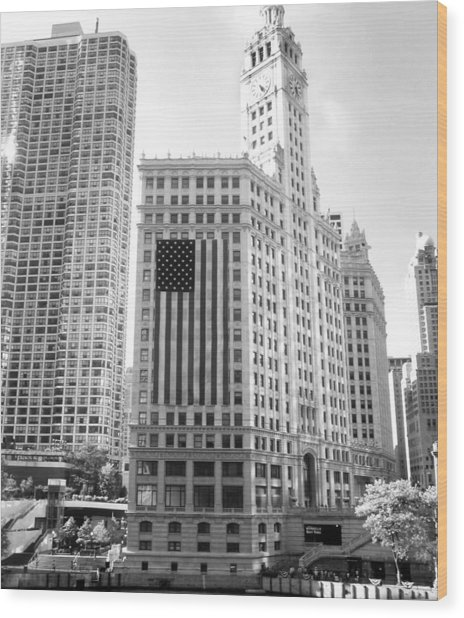 Wrigley Building Chicago Wood Print