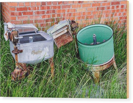 Wringer Washer And Laundry Tub Wood Print