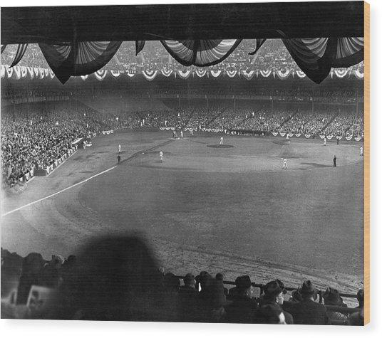 Yankees Defeat Giants Wood Print