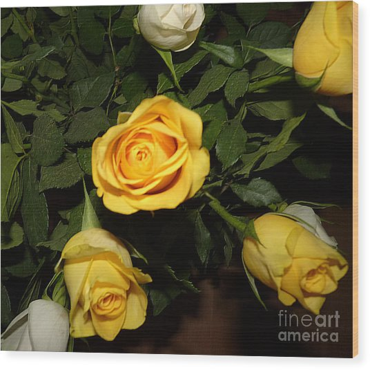 Yellow And White Roses Wood Print
