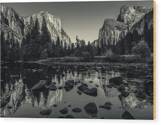 Yosemite National Park Valley View Reflection Wood Print