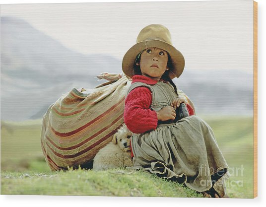 Young Girl In Peru Wood Print