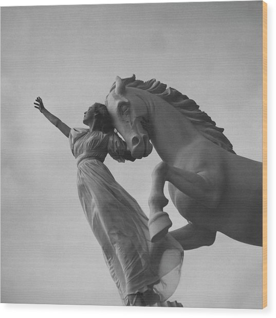 Zorina With A Horse Statue Wood Print by Toni Frissell