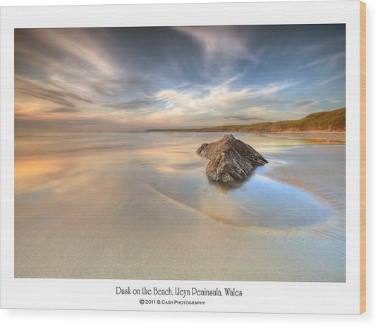 Dusk On The Beach Wood Print