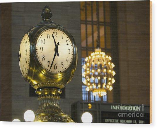 New York Minute Wood Print