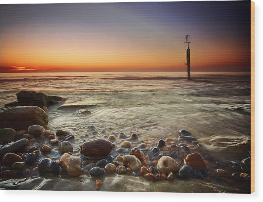 Pebbles Wood Print by Mark Leader
