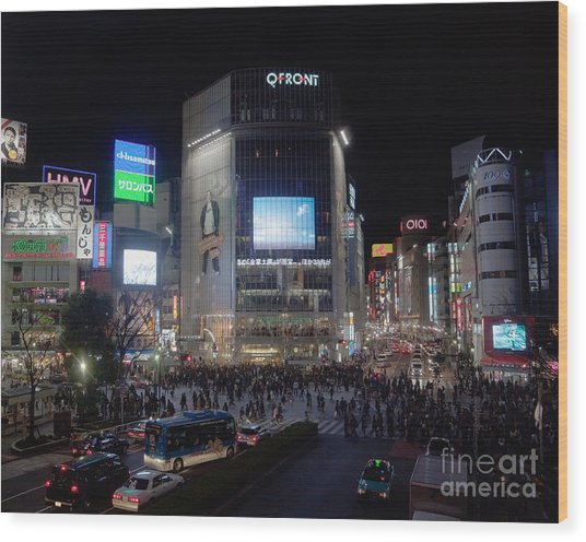 Shibuya Crossing Wood Print by Ei Katsumata